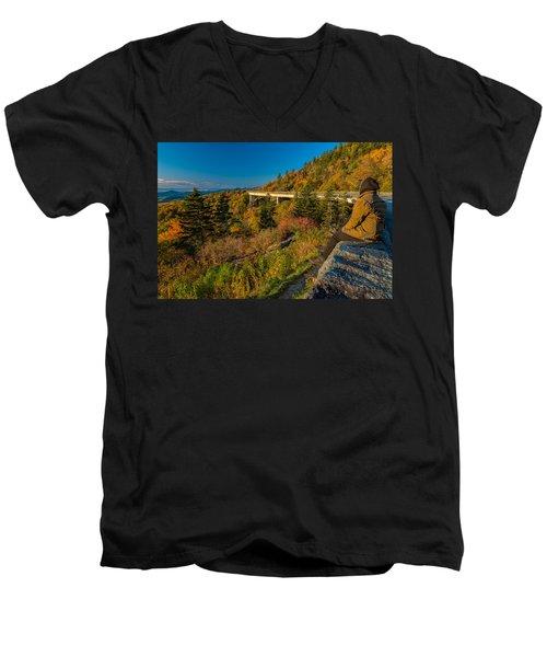 Seize The Day At Linn Cove Viaduct Autumn Men's V-Neck T-Shirt