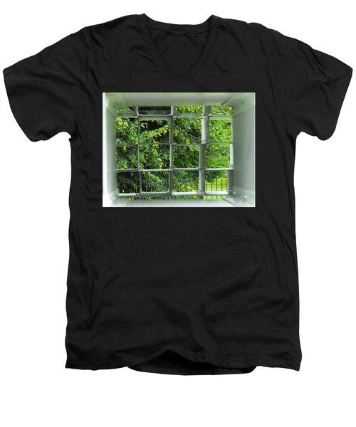 Serpentine Pavilion 03 Men's V-Neck T-Shirt