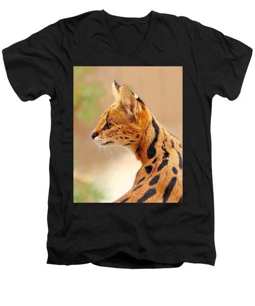 Serval - Extreme Hunter Men's V-Neck T-Shirt
