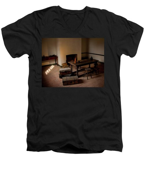 Servant's Hall Men's V-Neck T-Shirt
