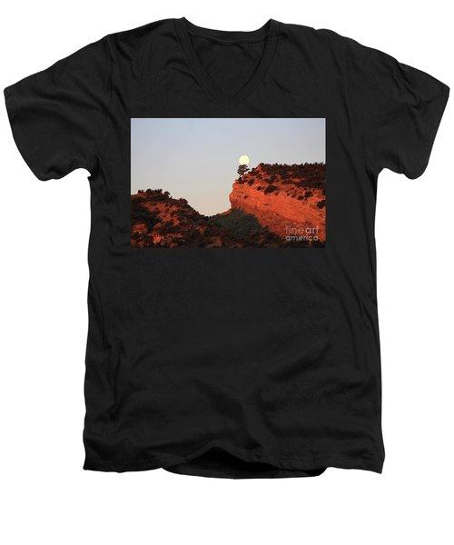 Setting Full Moon Men's V-Neck T-Shirt
