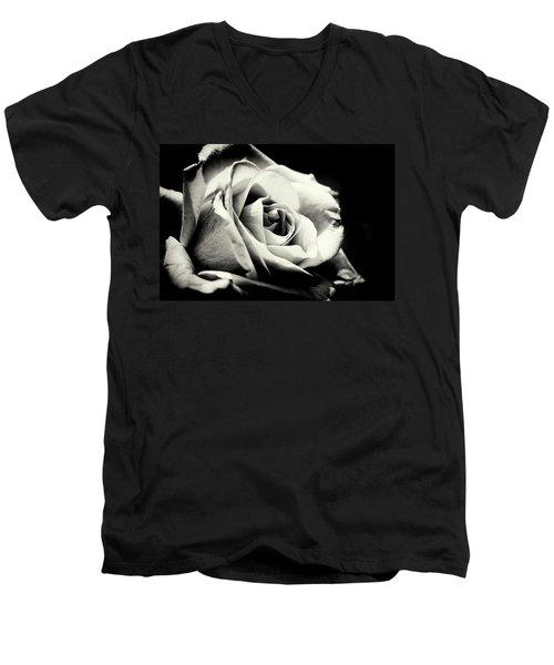 She Blooms Men's V-Neck T-Shirt