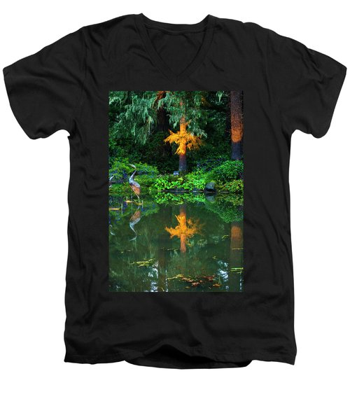 Men's V-Neck T-Shirt featuring the photograph Shore Acres Beauty by Dale Stillman
