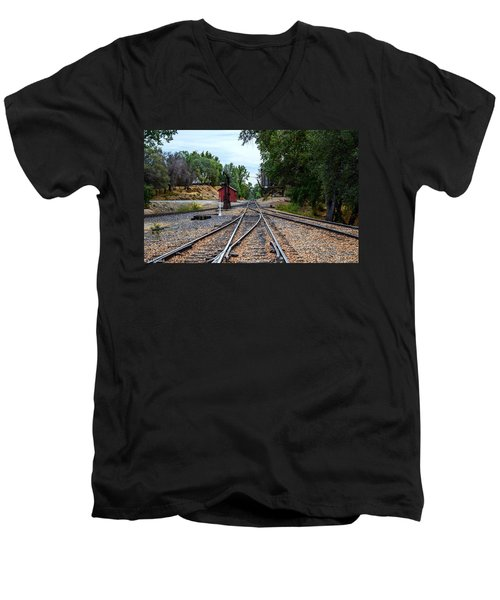 Sierra Railway Men's V-Neck T-Shirt