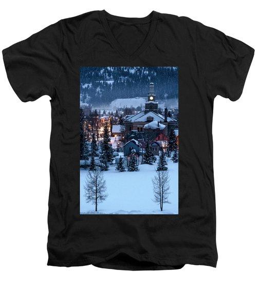 Silverton At Night Men's V-Neck T-Shirt