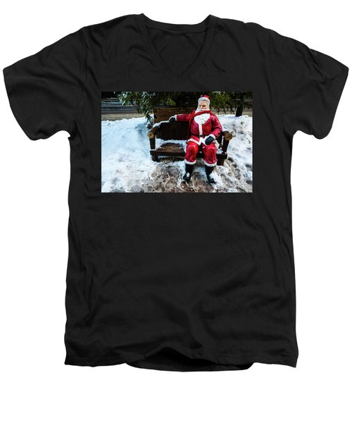 Sit With Santa Men's V-Neck T-Shirt
