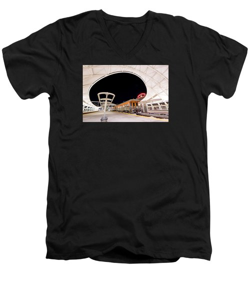Ski Train Men's V-Neck T-Shirt