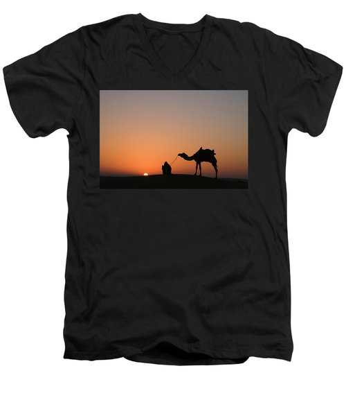 Skn 0870 Silhouette At Sunrise Men's V-Neck T-Shirt