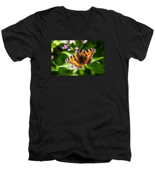 Small Tortoiseshell Men's V-Neck T-Shirt