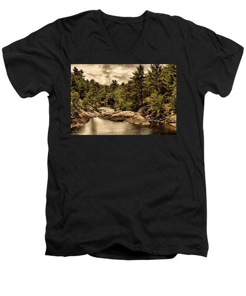 Solitary Wilderness Men's V-Neck T-Shirt