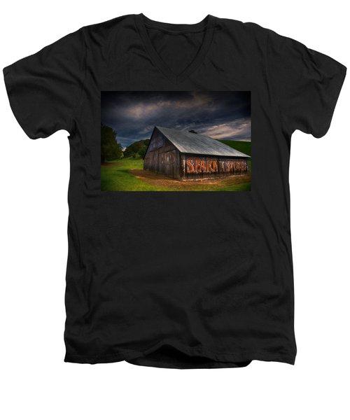 Spark Stoves Barn Men's V-Neck T-Shirt