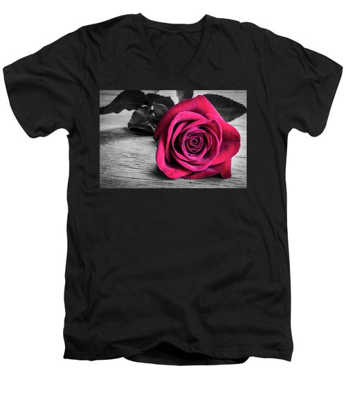 Splash Of Red Rose Men's V-Neck T-Shirt