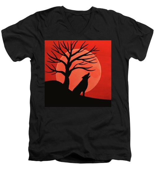 Spooky Wolf Tree Men's V-Neck T-Shirt