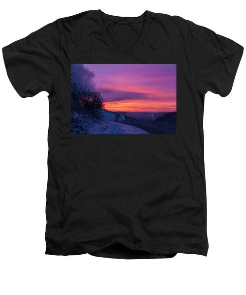 Srp-3 Men's V-Neck T-Shirt