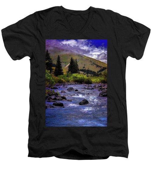 Men's V-Neck T-Shirt featuring the photograph Summer At The Animas River by Ellen Heaverlo