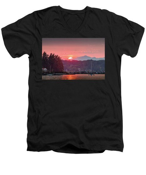 Summer Sunset Over Yukon Harbor.2 Men's V-Neck T-Shirt