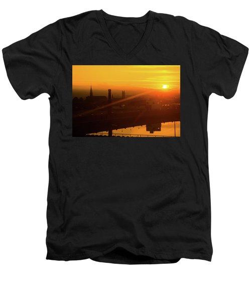 Sunset Belfast Men's V-Neck T-Shirt