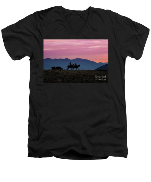 Sunrise In The Lost River Range Wild West Photography Art By Kay Men's V-Neck T-Shirt