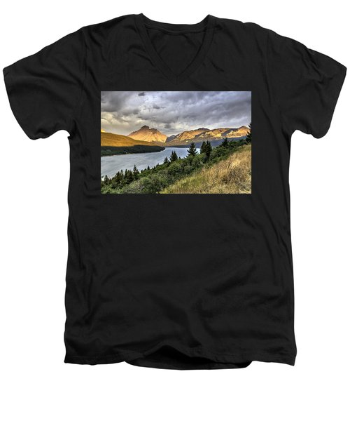 Men's V-Neck T-Shirt featuring the photograph Sunrise On The Bitterroot River by Alan Toepfer
