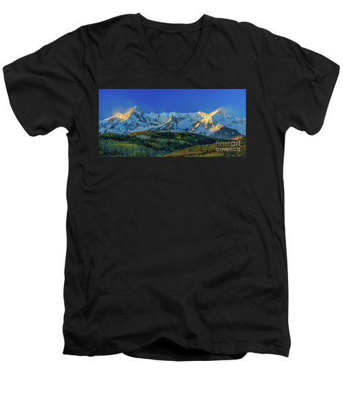 Sunrise On The Dallas Divide Men's V-Neck T-Shirt