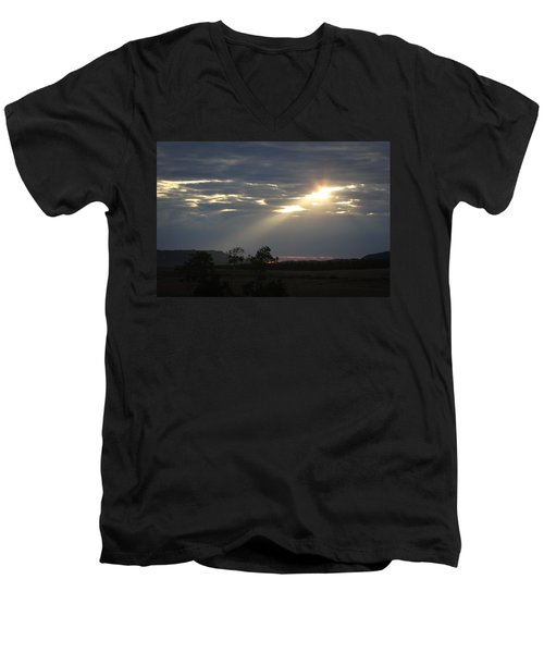 Suns Ray Men's V-Neck T-Shirt