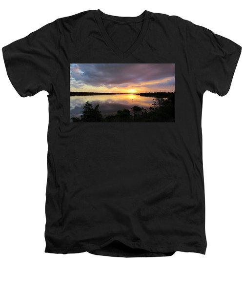 Sunset At Ding Darling Men's V-Neck T-Shirt