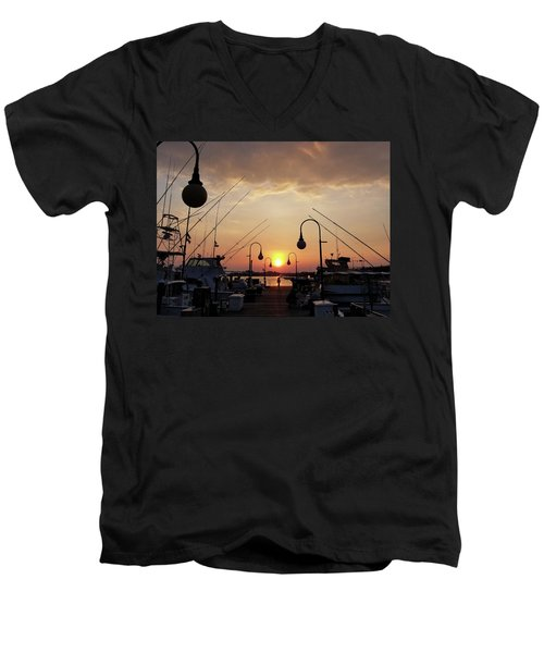 Sunset At The End Of The Talbot St Pier Men's V-Neck T-Shirt