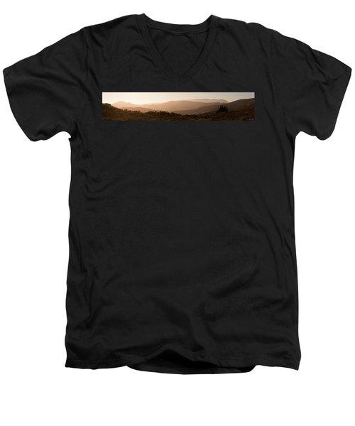 Sunset In California Men's V-Neck T-Shirt