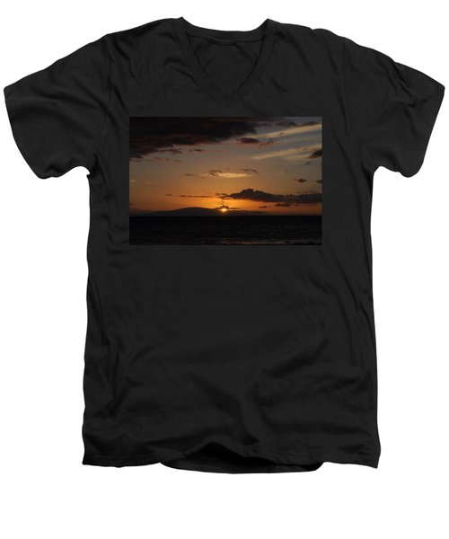 Sunset In Maui 2 Men's V-Neck T-Shirt