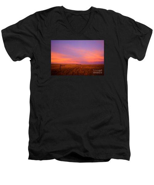 Sunset In Wyoming Men's V-Neck T-Shirt