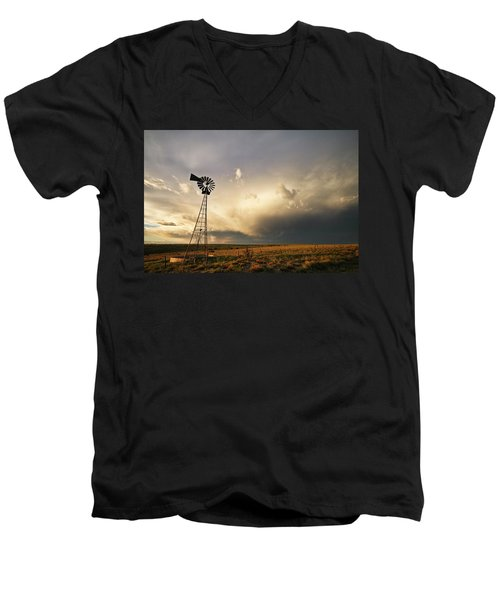 Sunset Near Santa Rosa New Mexico Men's V-Neck T-Shirt