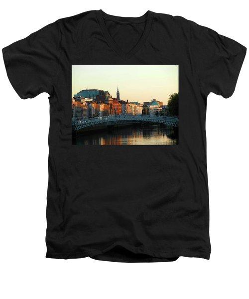 Sunset On The Ha'penny Men's V-Neck T-Shirt