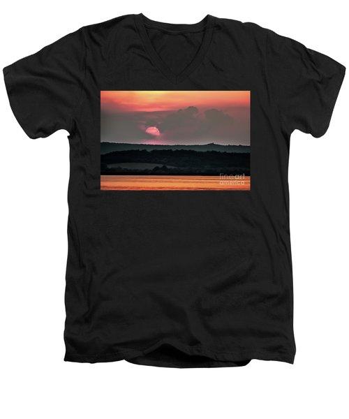 Sunset On The Lake Velence Paint Men's V-Neck T-Shirt