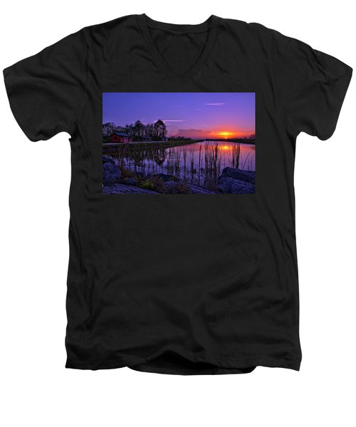 Sunset Over Hungryland Wildlife Management Area Men's V-Neck T-Shirt