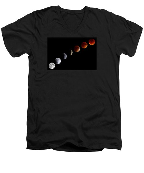 Super Blood Moon Eclipse Men's V-Neck T-Shirt by Brian Caldwell