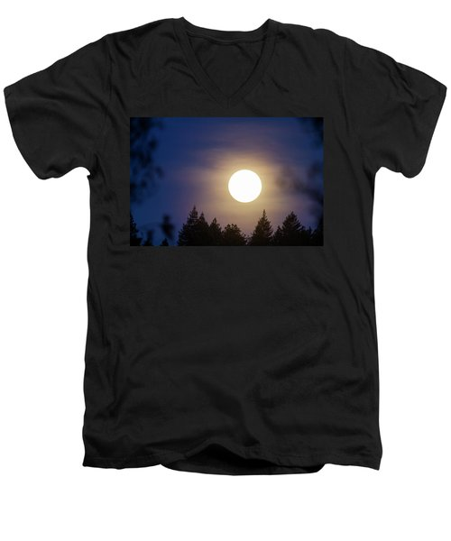 Super Full Moon Men's V-Neck T-Shirt