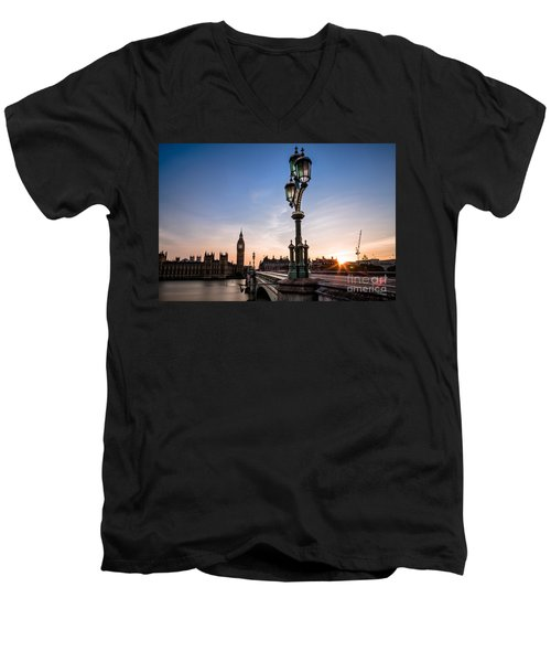 Swapping Lights Men's V-Neck T-Shirt
