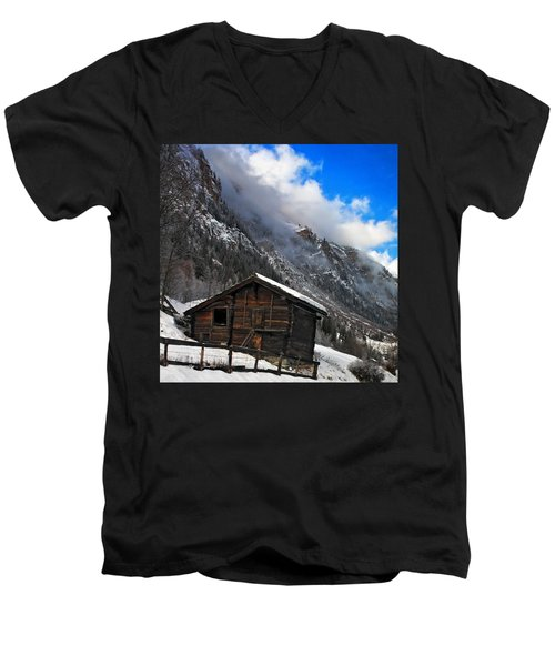 Swiss Barn Men's V-Neck T-Shirt
