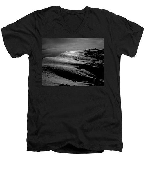 T-213312 Windblown Ice On Humphreys Peak Men's V-Neck T-Shirt
