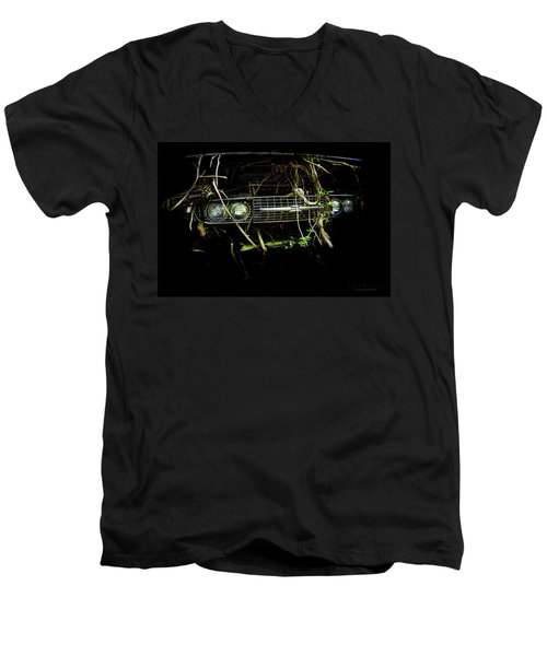 T-bird Tree Bird Men's V-Neck T-Shirt