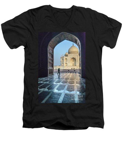Taj Mahal 01 Men's V-Neck T-Shirt