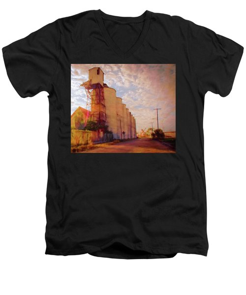 Tampa Docks Men's V-Neck T-Shirt