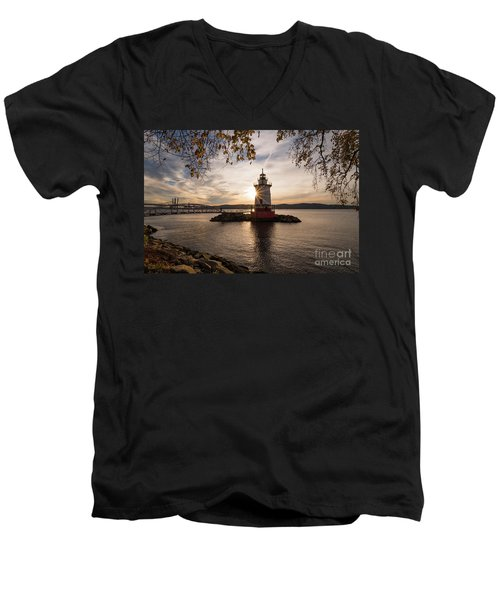 Tarrytown Lighthouse Men's V-Neck T-Shirt