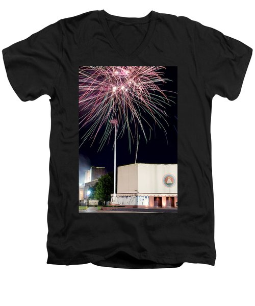Taste Of Dallas 2015 Fireworks Men's V-Neck T-Shirt
