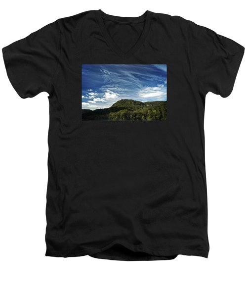 Tennessee River Gorge Men's V-Neck T-Shirt