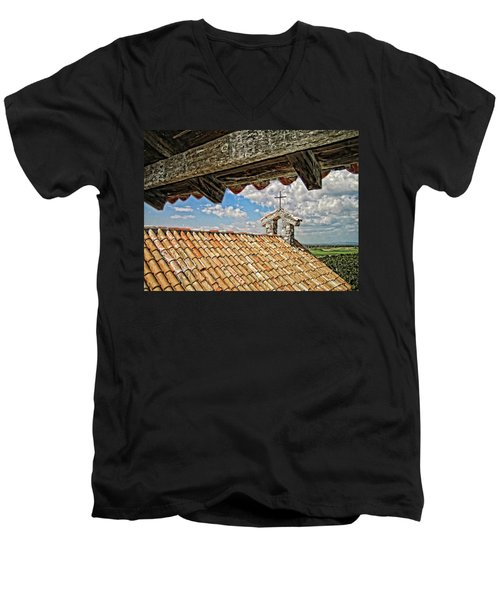 Terra Cotta Church Men's V-Neck T-Shirt