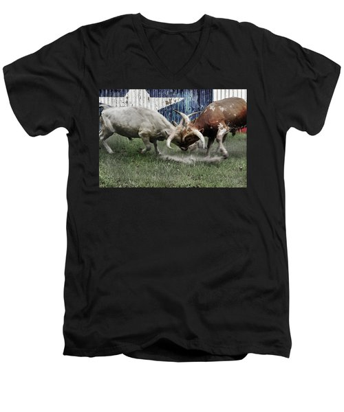 Texas Bull Fight  Men's V-Neck T-Shirt