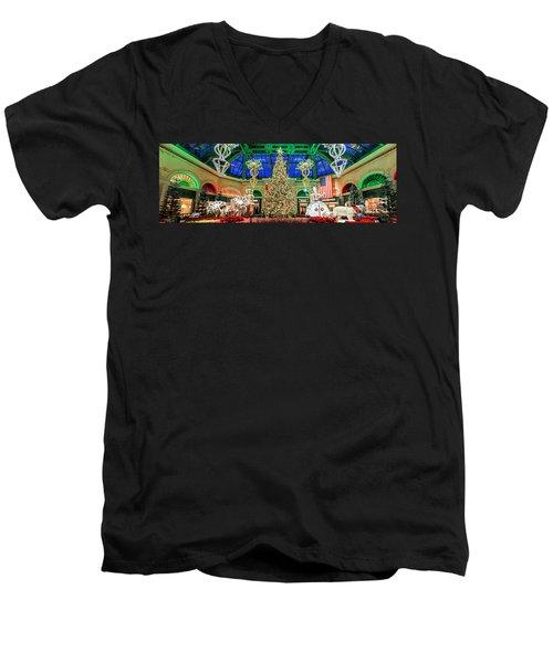 The Bellagio Christmas Tree Panorama 2017 Men's V-Neck T-Shirt