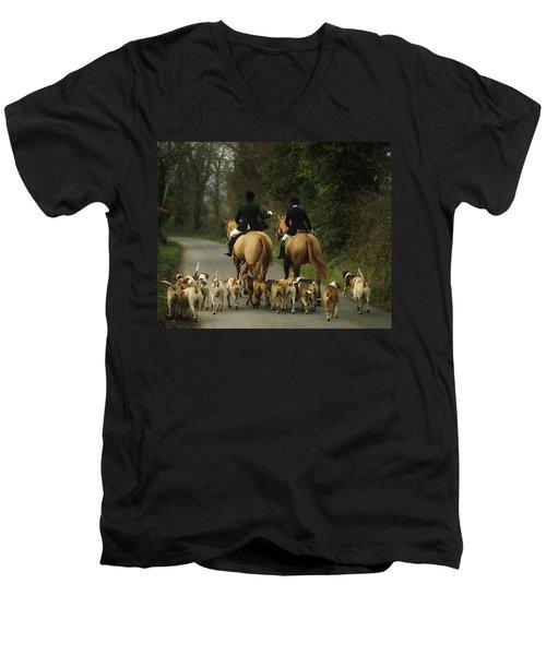 The Bray Harriers, Co Wicklow, Ireland Men's V-Neck T-Shirt