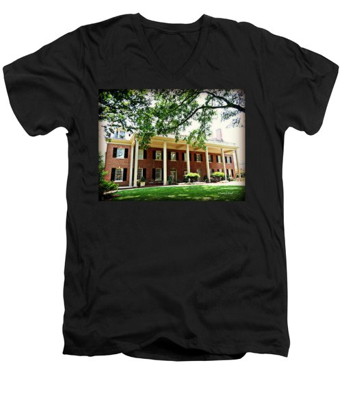 The Carolina Inn - Chapel Hill Men's V-Neck T-Shirt
